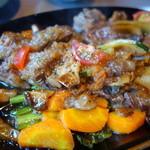 和助 - 牛サイコロステーキ