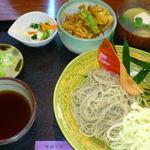 37824335 - 2012/11/20 12:00訪問 せいろそば+ミニ掻き揚げ丼付¥1,100