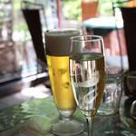 AUREOLE - ランチセットにつけるシャンパンとビール、シャンパンはプラス¥400と格安