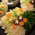 やきとり居酒屋どん - お野菜たっぷり、あったか鶏鍋(≖ ‿ ≖)✧