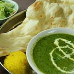 インド料理 カリカ - チキンホウレンソウ