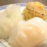 37825691 - 海老入り韮餃子・海老餃子・豚鶏肉シュウマイ?