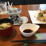 てまりぼく - メインは、雑穀米のちらし寿司