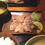 鳥元 - ランチ牛タン塩炭火焼定食