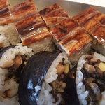 下村商店 - 料理写真:穴子寿司 押し寿司と巻き寿司