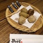 九州 熱中屋 - つき出し。美味!