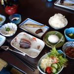 金龍 - 朝食