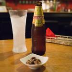 カフェ 鎌倉美学 - ペルーの地ビール「クスケーニャ」