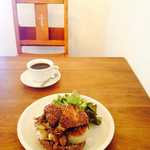 パーラー江古田 - サンドイッチとコーヒー