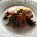 アン テラス - ランチでのメインディシュの肉料理。 お魚かお肉を選べます。