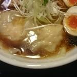 麺屋 ふぅふぅ亭 - 醤油全部のせ
