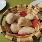 ル・ボン・ヴィボン - 自家製パン