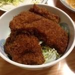 トン子 - ソースかつ丼のメイン