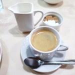 パリのワイン食堂 - コーヒー