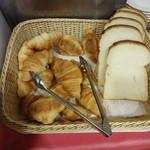 ガスト - パンは2種