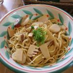 プリマベーラ - 帆立貝柱と季節野菜の和風スパゲティ