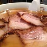 坂内 - 透き通ったスープ
