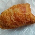 37873597 - 『上を向いて食べて下さい』っと言う名前のパン