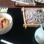 小庵 - ざるそば ゲソ天丼セット。