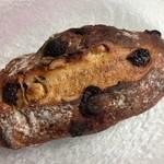 ル・プチメック 御池店 - いちじくとチョコレートのパン 290円(税抜)
