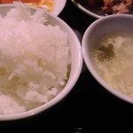 快楽園 - ご飯とスープお替り