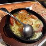 なかなか屋 - 鉄板モッツァレラトマト
