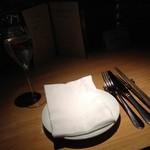 37891193 - テーブル
