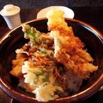 37893306 - 穴子と野菜の天丼