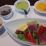 37893955 - サラダと前菜