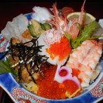 活魚村 海彦 - 玄海丼セットの玄海丼アップ