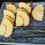 プースカフェ - 料理写真:ロールケーキ