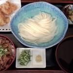瀬戸内製麺710 - 冷やしうどん&牛めし&とり天(H27.5.13)