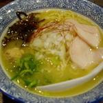 武一とり食堂 - 濃厚鶏そば 780円