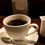 ウクレレ食堂 - 挽きたてのコーヒーも美味しいです。