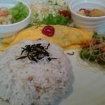 シャルロット - 料理写真:久々行ったら雑穀米になったのね