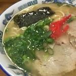 白龍軒 - 料理写真:ラーメン550円