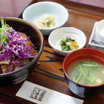 金澤屋牛肉店 - ランチステーキ丼