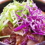 金澤屋牛肉店 - ランチステーキ丼(大・逆側から)