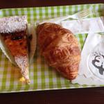 ブーランジェリー ベンケイ - チーズケーキ、クロワッサン