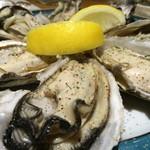 キャスバル - 蒸し牡蛎!