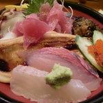 豊年満作 - 海鮮丼