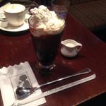 ギオン - アイスウインナーコーヒー