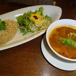37949352 - 根菜のスープカレー1080円