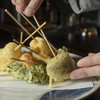 炭火焼野菜 八百起 - 料理写真:カラっと香ばしく揚がった、サクサクの天ぷらに舌鼓