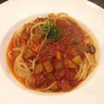 ブランディーノ - いろいろ野菜のトマトソースパスタ