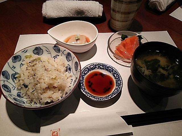 榮屋 - 榮屋膳。日替りです。ご飯はじゃこと昆布の炊き込みです。