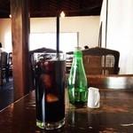 モワ カフェ - アイスコーヒー