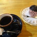 七丁目のカレー屋 - コーヒー+フォンダンショコラ