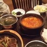 韓国厨房 尚州本店 - 豆腐チゲ