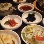 韓国厨房 尚州本店 - 小鉢